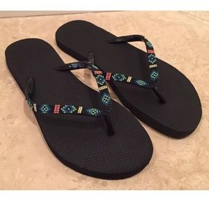 MOSSIMO SUPPLY CO Tribal Casual Flip Flops NEW!